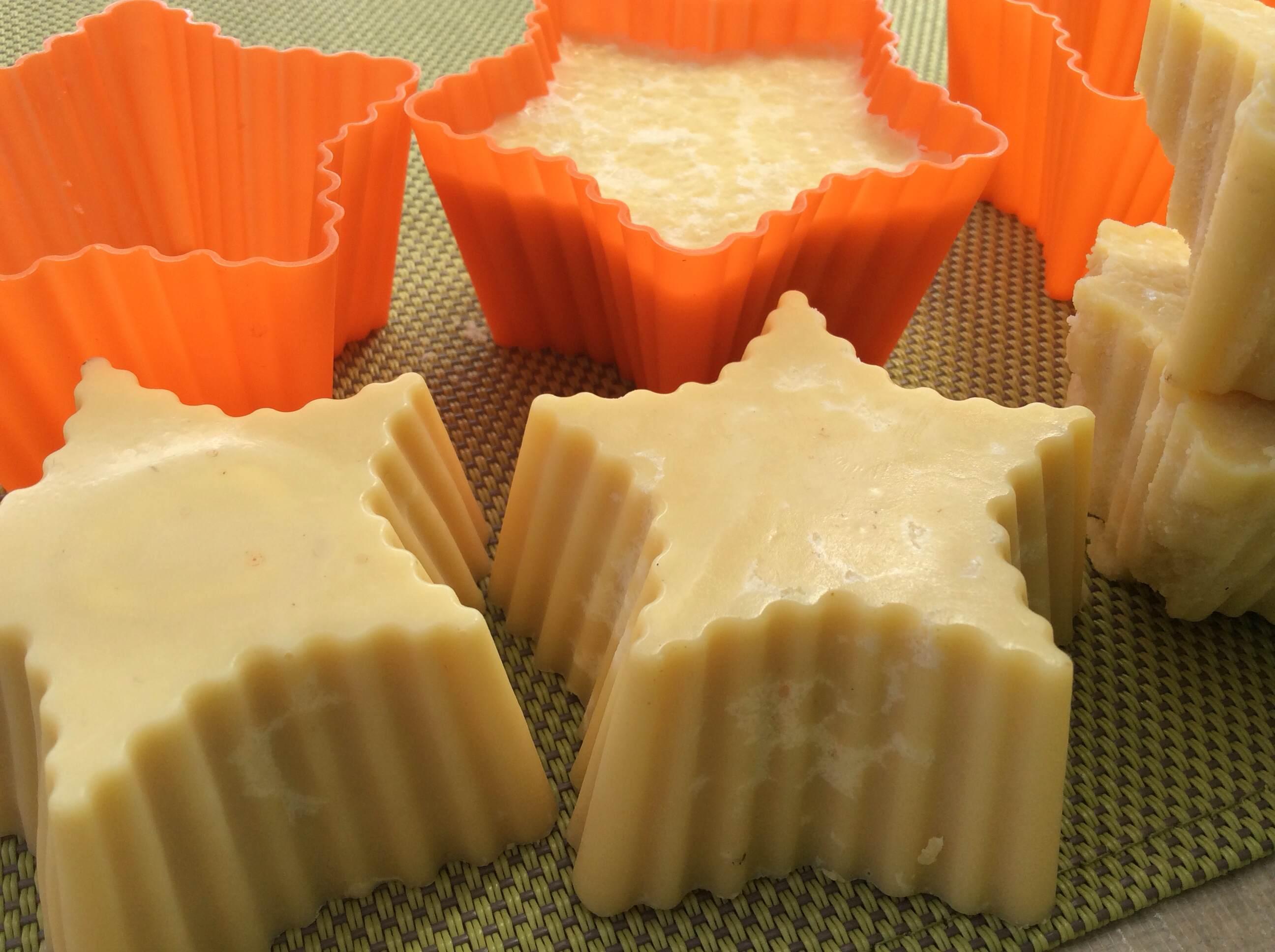 kakavovo maslo ploščice
